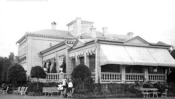 Фото главный дом усадьбы Е. М. Алексеевой в Солнцево (близ Щёлкова на Клязьме) - Щелково.ru