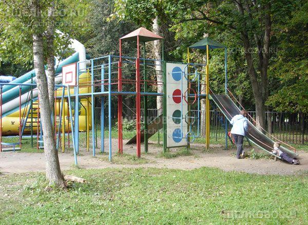 Фото детские горки в парке культуры и отдыха г. Щелково (улица Строителей) - Щелково.ru
