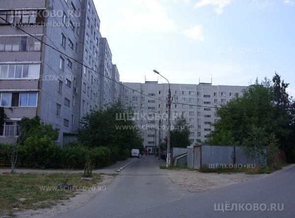 Фото г. Щелково, ул. Комсомольская, дом 1а (вид с улицы Краснофлотская) - Щелково.ru