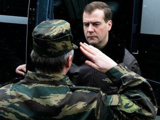 Президент РФ Д.А.Медведев на базе ОМОНа «Зубр» Щелково