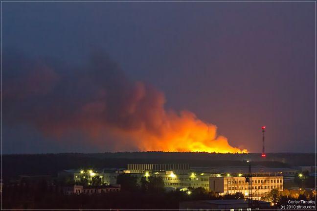 Фото пожар на полигоне твёрдых бытовых отходов в деревне Сабурово Щёлковского района (вид из города Фрязино) - Щелково.ru