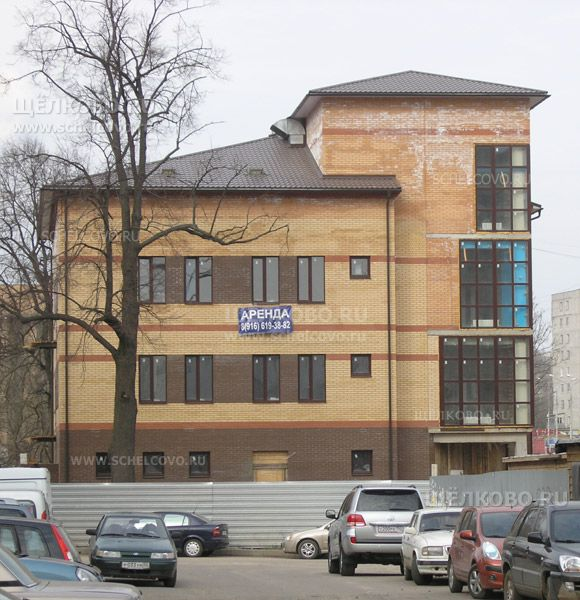 Фото новый бизнес-центр «Карат» на площади Ленина г. Щелково (на берегу Клязьмы) - Щелково.ru