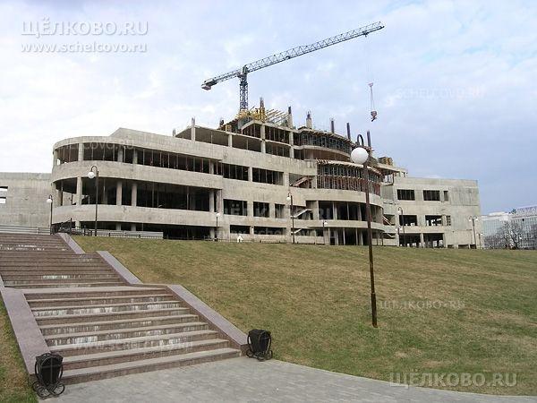 Фото г. Щелково, строительство отеля «Звёздный» на Пролетарском проспекте (вид с набережной) - Щелково.ru