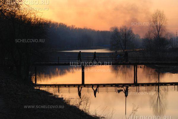 Фото мост через Клязьму на закате - Щелково.ru