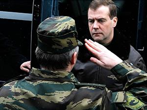 Президент России Дмитрий Медведев посетил базу ОМОН «Зубр» в Щёлково - Щелково.ru